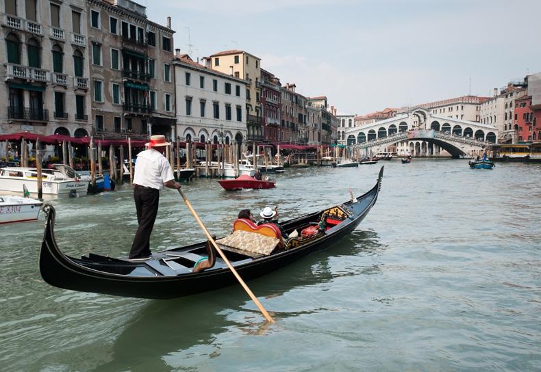сколько стоит лодка в венеции